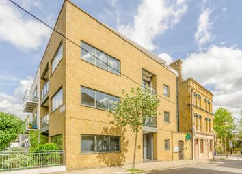 Thumbnail 3 bed flat for sale in Sheringham Road, Islington, London N78Ny