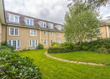Thumbnail 2 bed flat for sale in Brighton Road, Banstead
