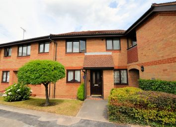 Thumbnail 1 bedroom flat for sale in Burrcroft Court, Reading