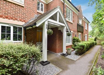 2 bed flat for sale in Sunningdale, Berkshire SL5