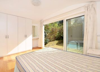 Thumbnail 1 bedroom flat to rent in The Grove, Ealing Broadway