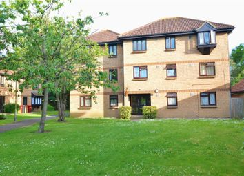 Thumbnail 1 bed flat to rent in Vicarage Way, Colnbrook, Slough