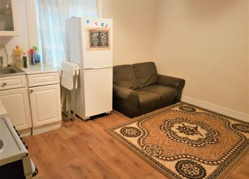Thumbnail 2 bedroom flat to rent in Horton Road, West Drayton