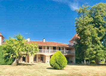 Thumbnail 5 bed property for sale in Montauban, Tarn Et Garonne, France