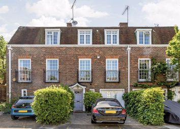 Thumbnail 5 bed property for sale in Abbotsbury Close, London