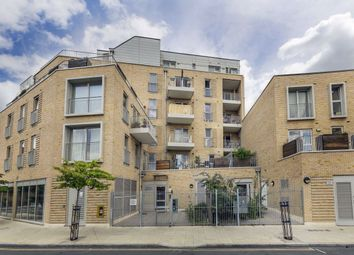 Thumbnail 1 bed flat for sale in Bocking Street, London
