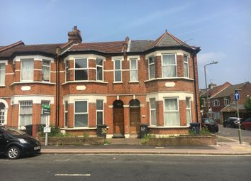 Thumbnail 6 bed maisonette to rent in Nether Street, North Finchley