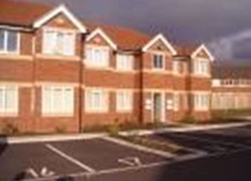 2 bed flat to rent in Harrington Road, Huyton, Liverpool L36