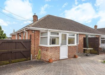 Thumbnail 2 bed bungalow for sale in Kidlington, Oxfordshire