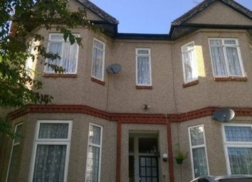 Thumbnail Room to rent in Courtland Avenue, Ilford, Greater London