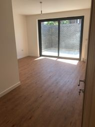 Thumbnail 6 bed shared accommodation to rent in Watford Way, London