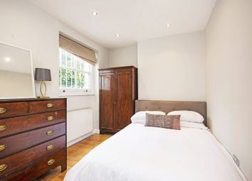 Portnall Road, Maida Hill, London W9. 2 bed flat