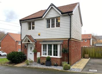 Alpine Crescent, Fareham PO14. 3 bed semi-detached house for sale