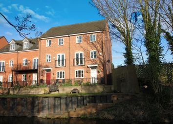 Thumbnail 4 bed town house for sale in Waterfields, Retford