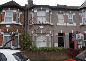 Thumbnail 2 bed flat to rent in Woodland Road, Chingford, Chingford