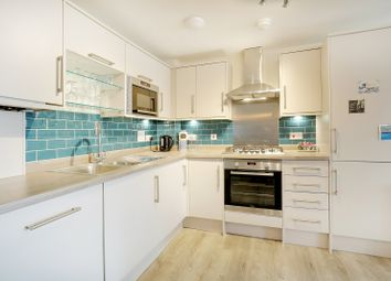2 bed flat for sale in Park Terrace East, Horsham RH13