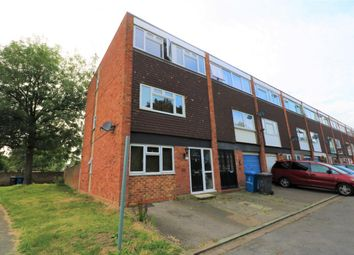 Thumbnail 4 bedroom town house to rent in Cherwell Close, Maidenhead