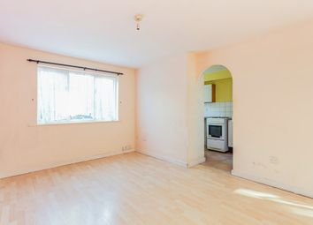 1 bed flat to rent in Parsonage Road, Grays RM20