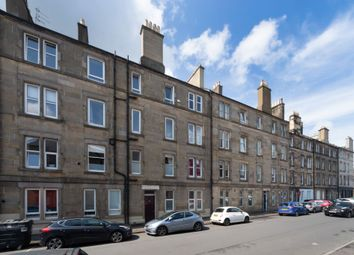 Thumbnail 3 bed flat for sale in 10/10 Waverley Park, Abbeyhill