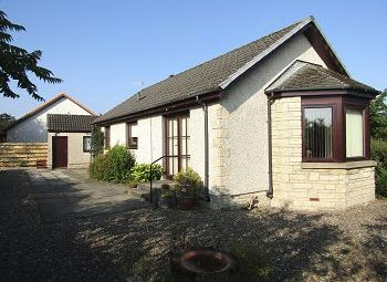 Thumbnail 2 bed detached bungalow to rent in Auld Mart Road, Milnathort, 9Fr