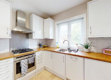 2 bed maisonette for sale in Melrose Avenue, London NW2