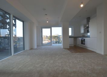 Thumbnail 2 bed flat to rent in Horizon Building, High Road, Ilford
