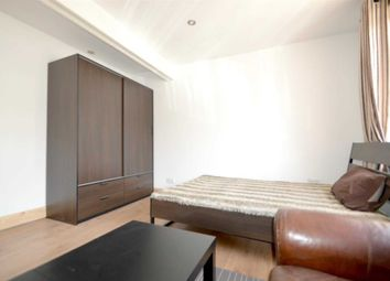 Thumbnail Room to rent in Browning Avenue, London