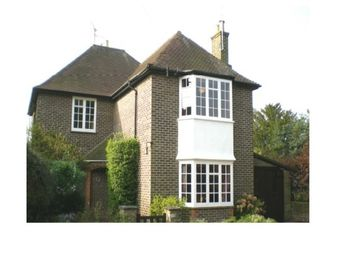 Thumbnail 4 bed property to rent in Milnwood Road, Horsham