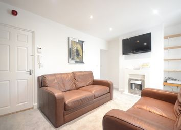 Thumbnail 2 bed flat to rent in Southampton Street, Reading