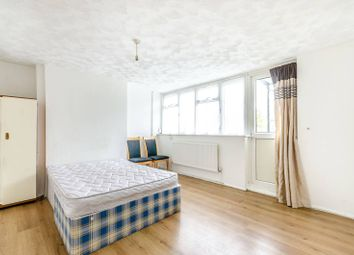 Thumbnail 2 bed flat to rent in Longheath Gardens, Shirley