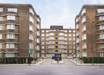 2 bed flat to rent in Adelaide Road, London NW3