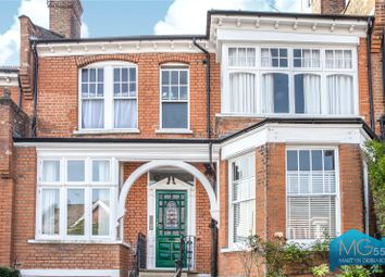 Woodland Rise, Muswell Hill, London N10. 2 bed flat