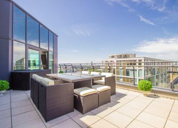 Thumbnail 4 bedroom flat to rent in Millharbour, Canary Wharf