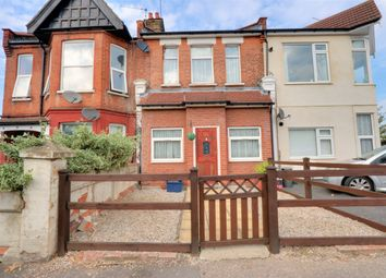 Westborough Road, Westcliff-On-Sea SS0. 3 bed terraced house