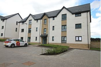 Thumbnail 2 bed flat to rent in Braes Of Gray Road, Dundee