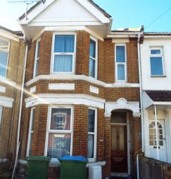 Thumbnail 4 bed property to rent in Earls Road, Southampton