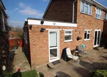 Thumbnail Studio to rent in Rennie Close, High Wycombe