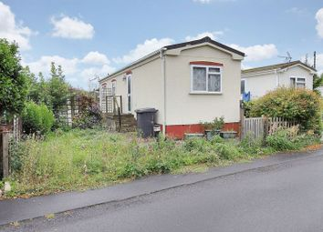 2 bed mobile/park home for sale in Harewood Park, Andover Down, Andover SP11