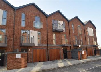 Thumbnail 3 bedroom terraced house to rent in Oswald Road, Southampton