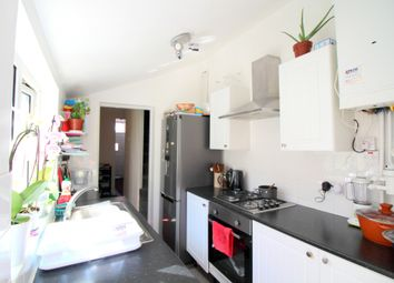 3 bed end terrace house to rent in Sylvan Road, London E7