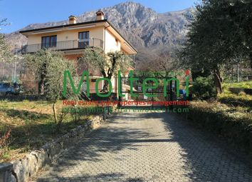 Thumbnail Apartment for sale in Via Papa Giovanni XXIII, Lierna, Lecco, Lombardy, Italy