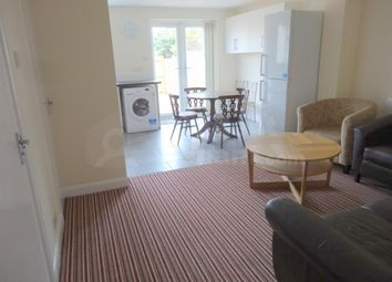 2 bed shared accommodation to rent in Sir Henry Parkes Road, Coventry, West Midlands CV5