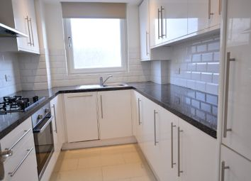 2 bed flat to rent in Russell Square, City Centre, Brighton BN1