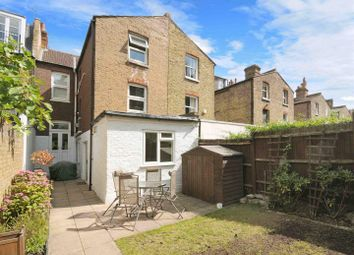 Thumbnail 2 bed flat to rent in Galveston Road, London