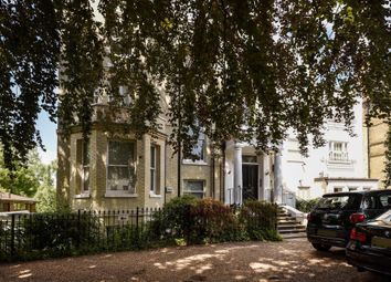 Thumbnail 3 bed flat for sale in Hampstead Lane, Highgate, London