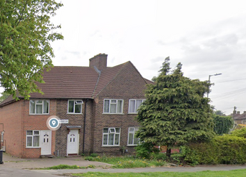 Becontree Avenue, Dagenham RM8. 3 bed flat