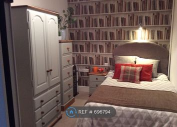 Thumbnail Room to rent in Percy Road, Gosport