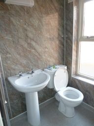 Thumbnail 2 bed flat to rent in Eastgate, Louth