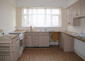 3 bed flat to rent in Shirley Road, Shirley, Southampton SO15