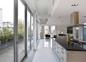 Thumbnail 4 bed flat for sale in Micawber Street, Islington
